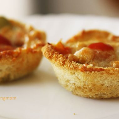Bread Cup Pizza - vegetarian, snack, appetizer, breakfast, kid friendly recipe