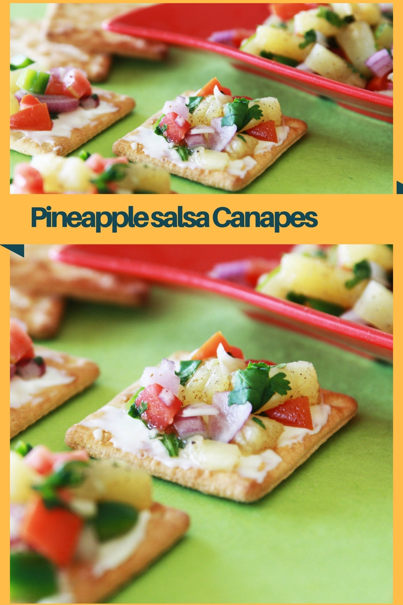 Pineapple salsa Canapes - yummy, easy to make, no cooking required, #snack #vegetarian #healthy #partysnacks #appetizer #pineapple #nocooking #bites #fingerfood #canapes