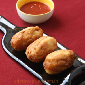 Bread rolls with potato filling
