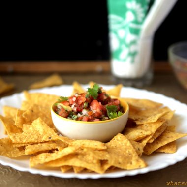 Tomato Salsa with Nachos