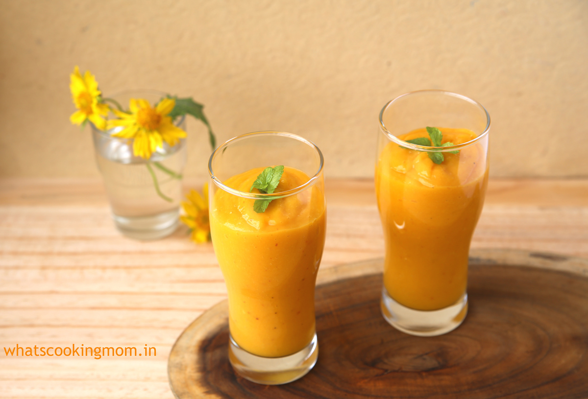 Mango Peach Smoothie | whatscookingmom.in
