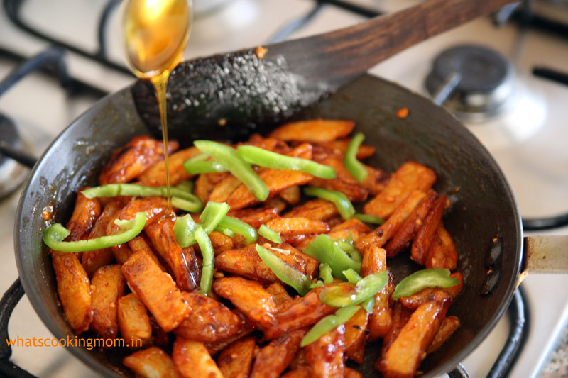 Honey chilli potatoes - yummy vegetarian snack/ appetizer