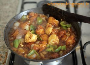 Chilli Paneer - vegetarian spicy delicious indochinese starter
